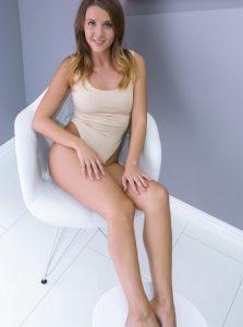 Фото проститутки СПб по имени Ира +7(931)008-87-25
